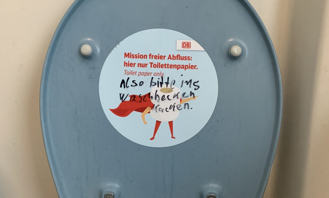 Zugtoilette der Deutschen Bahn